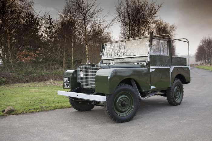 "Land Rover ""Lights behind the grille"" Series 1"