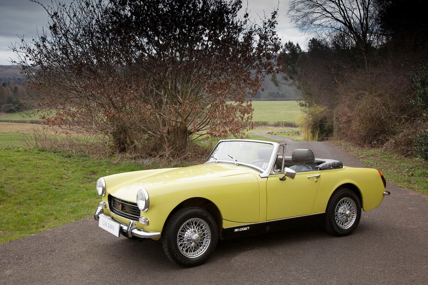 Pictures mary mg midget header girl